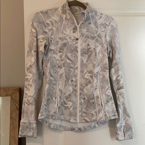 Lu lu lemon jacket worn once.